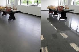 floor stripping and waxing, floor maintenance, janitorial floor maintenance